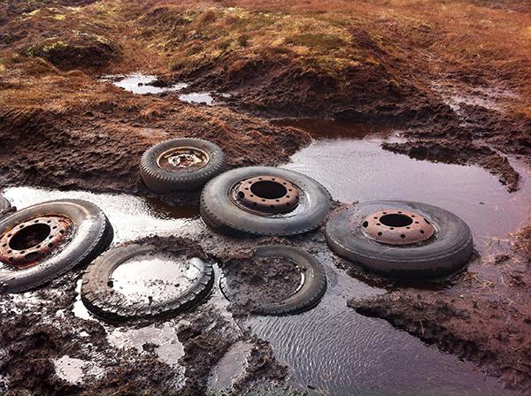 Tyre causeway © Dominick Tyler 2014